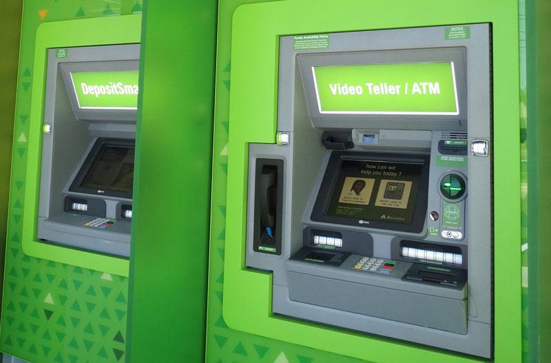 cajeros automáticos con video