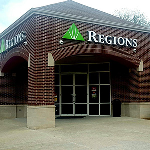 Regions Bank Five Points W Lomb Ave in Birmingham