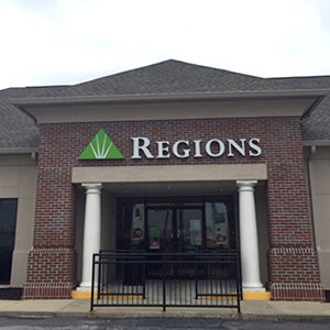 Regions Bank University Mall in Tuscaloosa