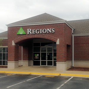 Regions Bank Opelika Main Gateway Dr in Opelika