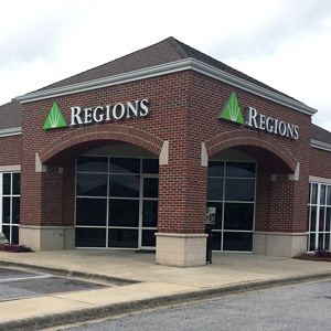 Regions Bank Morgan Rd Greenmor Dr in Bessemer