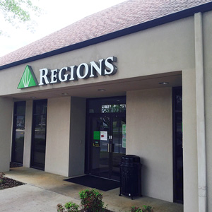 Regions Bank Muscle Shoals in Muscle Shoals