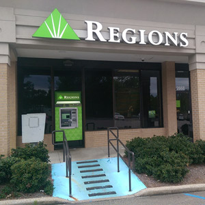 Regions Bank Valleydale Marketplace in Birmingham