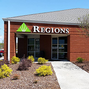 Regions Bank Hampton Cove in Owens Cross Roads
