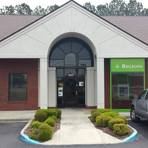 Regions Bank Hughes Rd in Madison