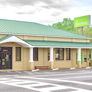 Regions Bank Elberta in Elberta