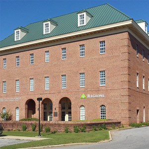 Regions Bank Robertsdale Main in Robertsdale