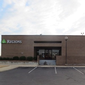Regions Bank Vaughn East in Montgomery