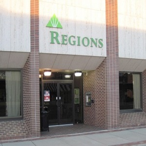 Regions Bank Fayette Temple Ave Main in Fayette