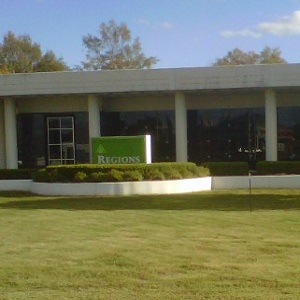 Regions Bank Bell Rd in Montgomery