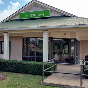Regions Bank Gilbertown in Gilbertown