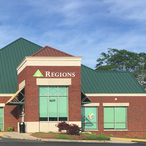 Regions Bank Clanton Main in Clanton