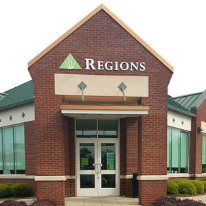 Regions Bank Columbiana in Columbiana