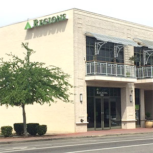 Regions Bank Fairhope Section Street en Fairhope