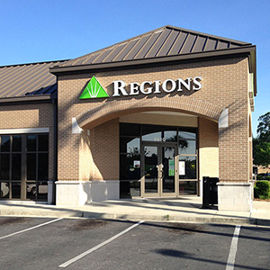 Regions Bank Theodore - Hamilton Blvd in Theodore