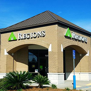 Regions Bank Industrial Parkway in Saraland