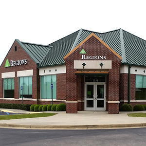 Regions Bank North River Tuscaloosa in Tuscaloosa