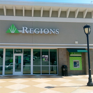 Regions Bank Cahaba Heights Village in Birmingham