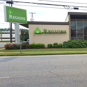 Regions Bank Thirty Second St in Birmingham