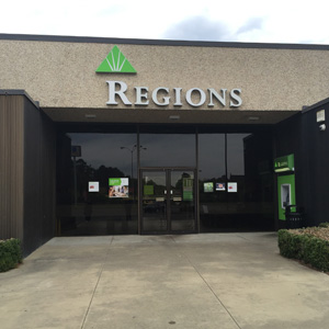 Regions Bank Gardendale Decatur Hwy in Gardendale