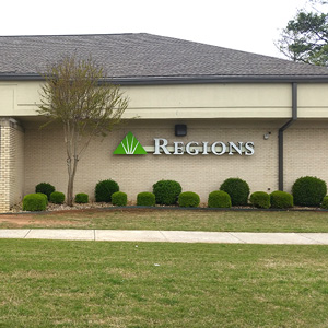 Regions Bank North Parkway in Huntsville