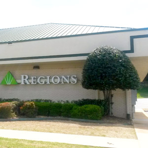 Regions Bank University Huntsville in Huntsville