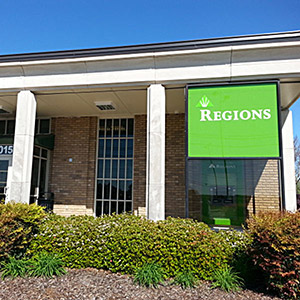 Regions Bank Lily Flagg 1015 Memorial Pkwy en Huntsville
