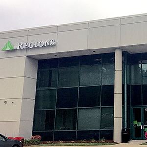 Regions Bank Financial West in Little Rock