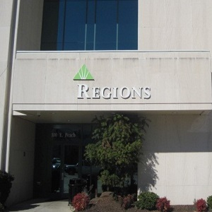 Regions Bank El Dorado Main in El Dorado