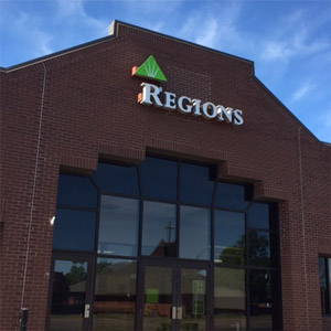 Regions Bank West Main Russellville in Russellville