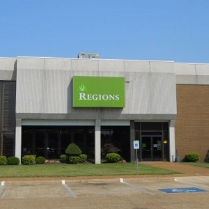 Regions Bank Walnut Ridge in Walnut Ridge