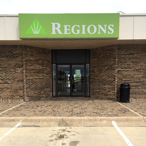 Regions Bank Newport in Newport