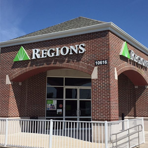 Regions Bank Big Bend in Riverview