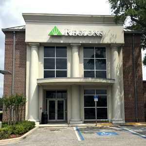 Regions Bank Kennedy in Tampa