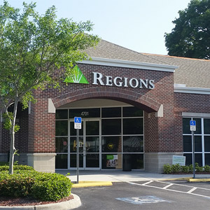 Regions Bank West Tampa Armenia en Tampa