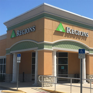 Regions Bank Largo Mall in Largo