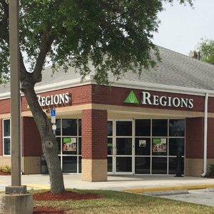 Regions Bank Tarpon Springs in Tarpon Springs