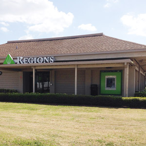 Regions Bank Sarasota Commons in Sarasota