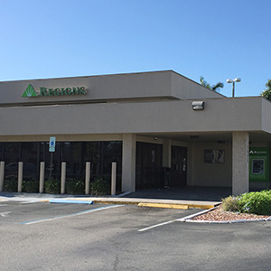 Regions Bank Del Prado en Cape Coral