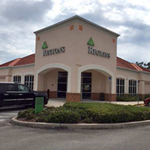 Regions Bank Berkshire Commons en Naples