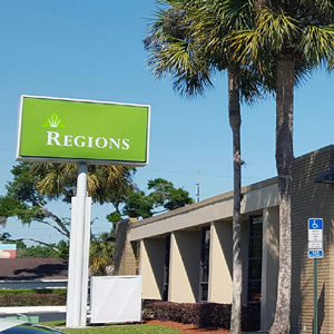 Regions Bank Dunnellon E Pennsylvania Ave in Dunnellon