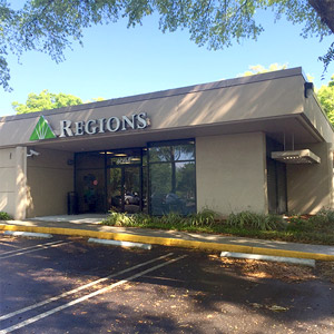 Regions Bank Lake Mary in Lake Mary
