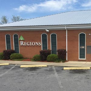 Regions Bank Defuniak Springs in Defuniak Springs