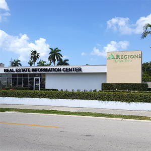 Regions Bank Downtown Naples Remote Drive Thru in Naples