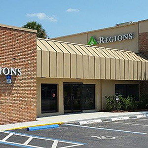 Regions Bank Okeechobee in Okeechobee