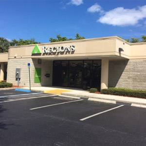 Regions Bank Palm Beach Gardens Bkg Center in Palm Beach Gardens
