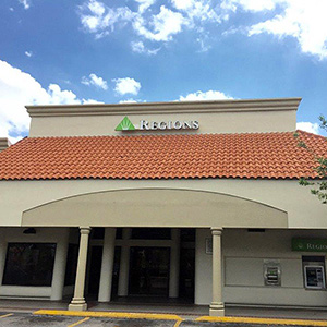 Regions Bank Gratigny in Hialeah