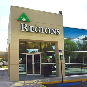 Regions Bank 107Th Ave Miami in Miami