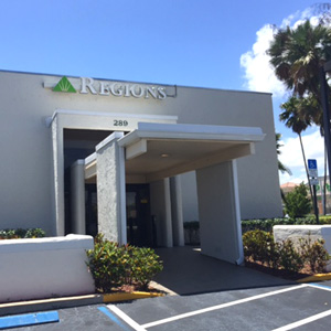 Regions Bank Boynton Beach en Boynton Beach