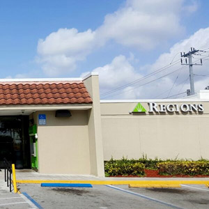Regions Bank Pembroke Pines in Pembroke Pines